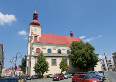 Holesov_kostel_Nanebevzeti_Panny_Marie_E