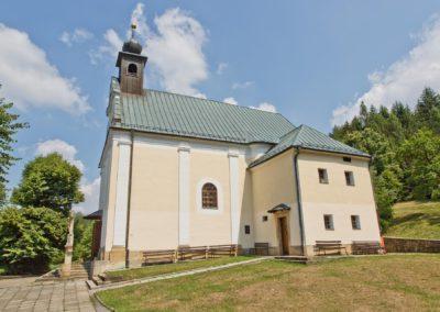 Provodov_kostel_Panny_Marie_Snezne_E